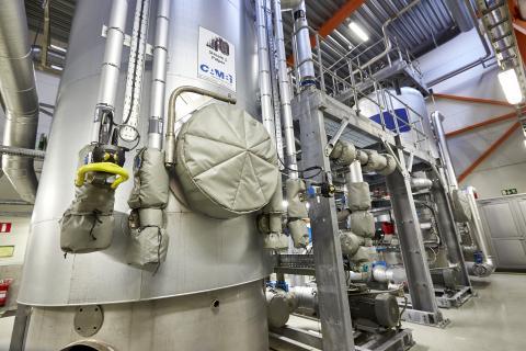 Växjöanläggningen där termisk hydrolys utförs i trycktankar. Bild: Mats Samuelsson.